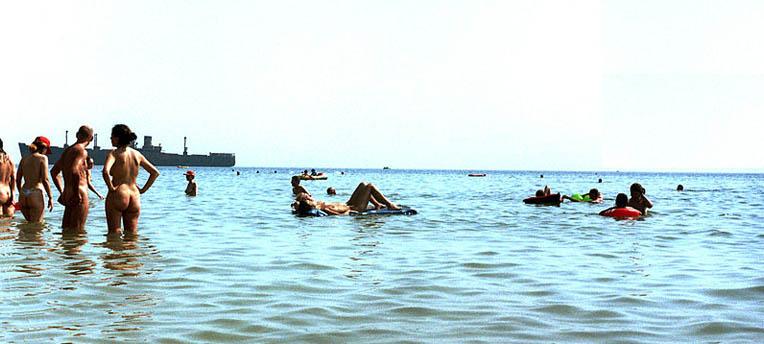 Après Wexford, c'est au tour de Cadix d'interdire le naturisme sur le littoral !