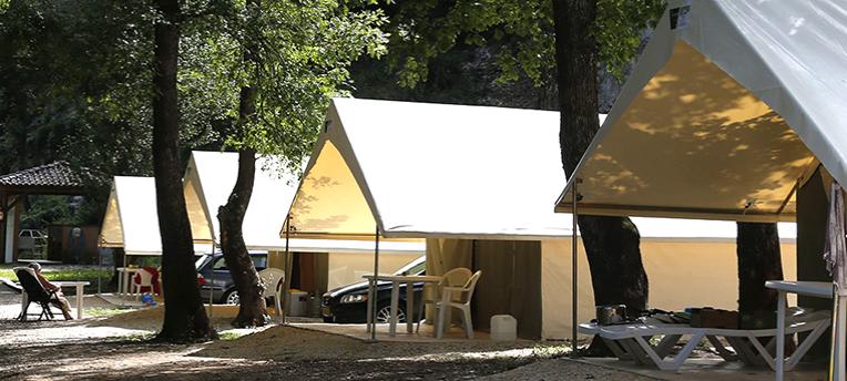 Tentes Naturalodge camping naturiste